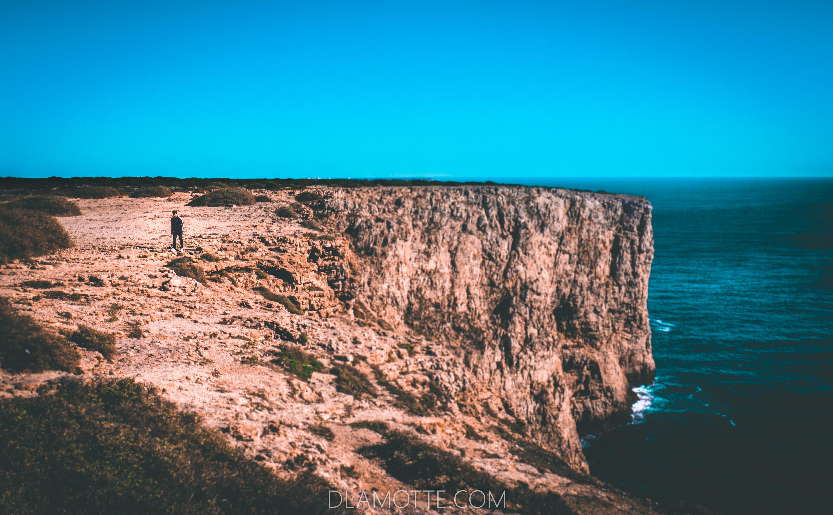 klif Algarve w listopadzie