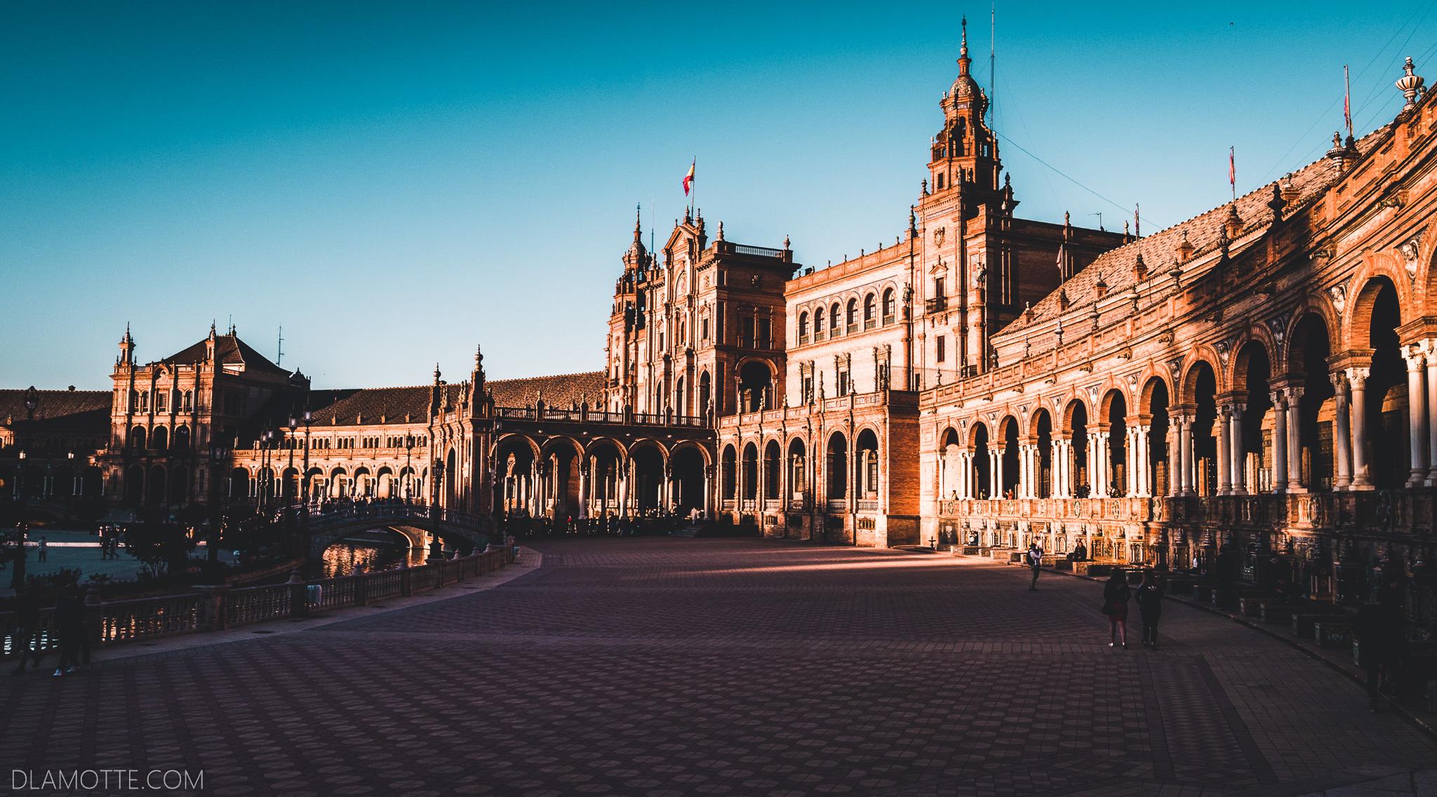 plaza de Espana citybreak w Sewilli