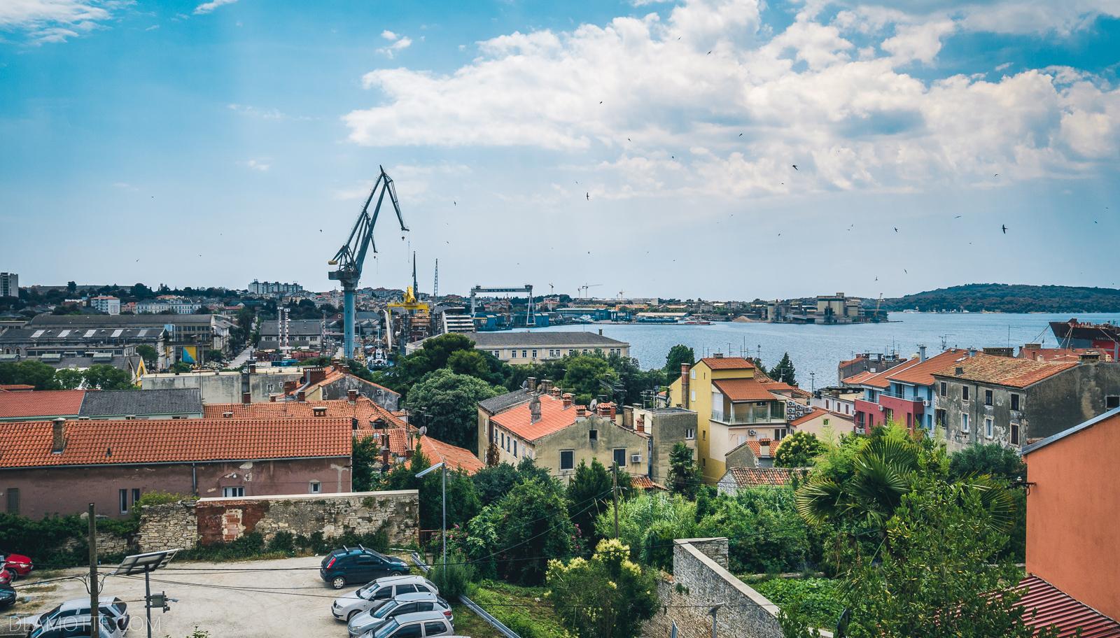 panorama miasta chorwacka Pula