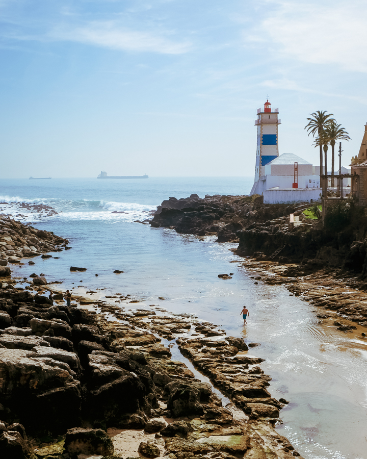 Latarnia morska w Cascais koło Lizbony