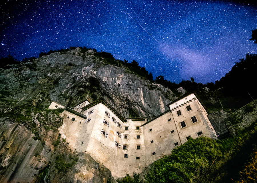 predjama castle night